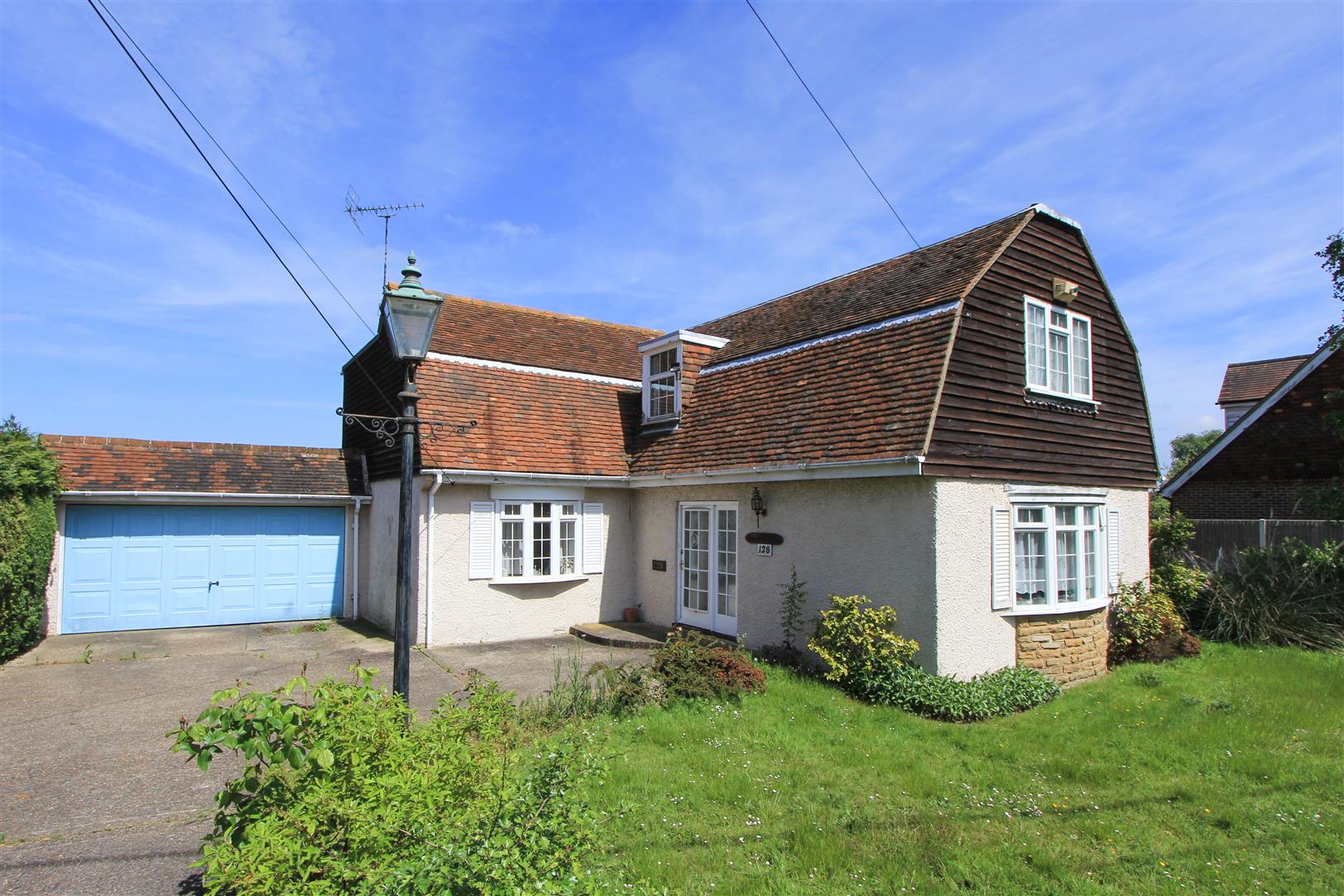 3 Bedrooms Detached House for sale in Blean Common, Blean, Canterbury